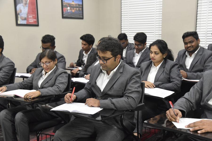 06 l IDRAC Business School India