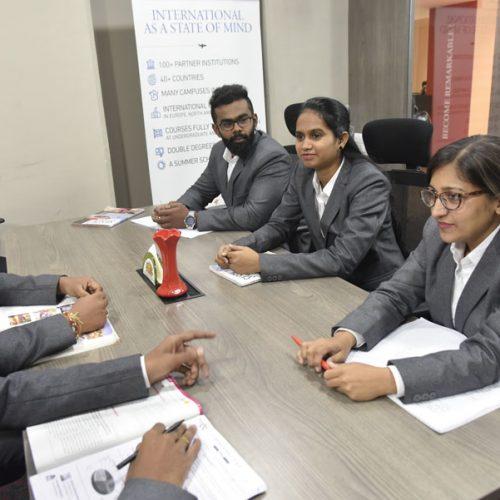 07 l IDRAC Business School India